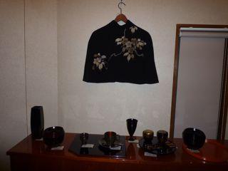 輪島塗と桜のケープ