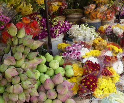 ボンケンコン市場の花屋さん(カンボジア:プノンペン)