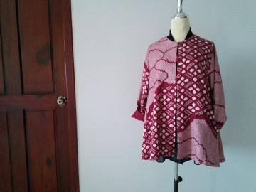 絞りの羽織から作った服です